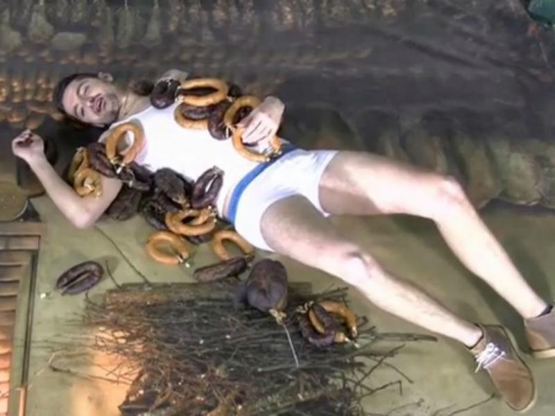 Paródia a Miley Cyrus na Feira do Fumeiro de Vinhais (foto Youtube)