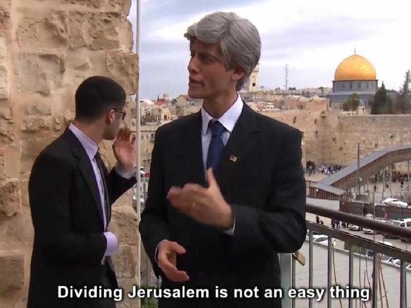 Colonos israelitas gozam com John Kerry