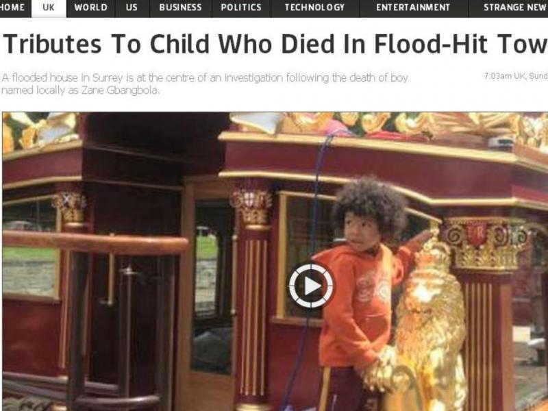 Criança morre em casa inundada (Foto Reprodução SkyNews)