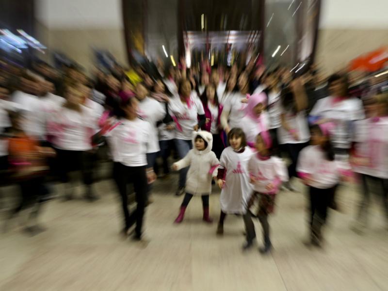 Dança pelo fim da violência contra mulheres [MIGUEL A. LOPES/LUSA]