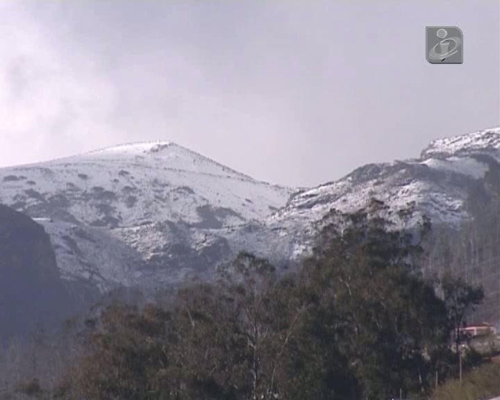 Madeira: Picos mais altos da ilha estão cobertos de neve