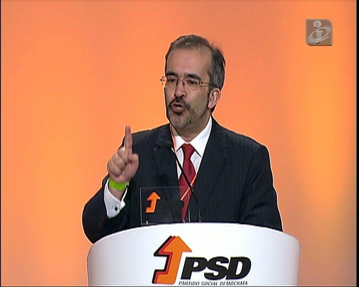 Paulo Rangel encabeça lista PSD/CDS-PP às europeias