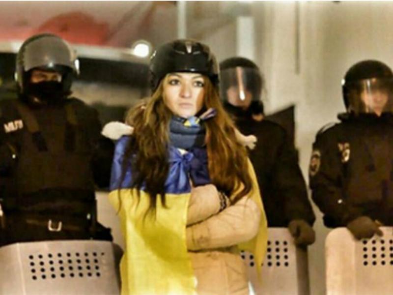 Lidia Pankiv controlou a violência entre a polícia ucraniana e os manifestantes (Produção Youtube)