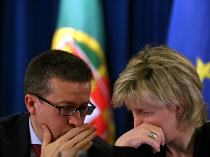 Maria Luís Albuquerque e Paulo Portas (Tiago Petinga/Lusa)