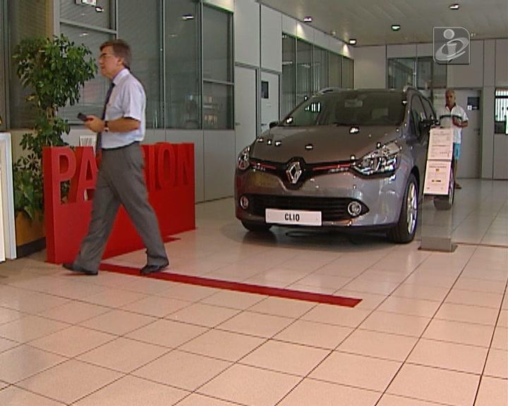 Mercado automóvel cresce 44,3% em fevereiro
