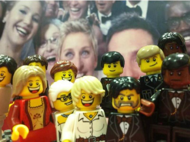 LEGO deu vida à celebre #Selfie