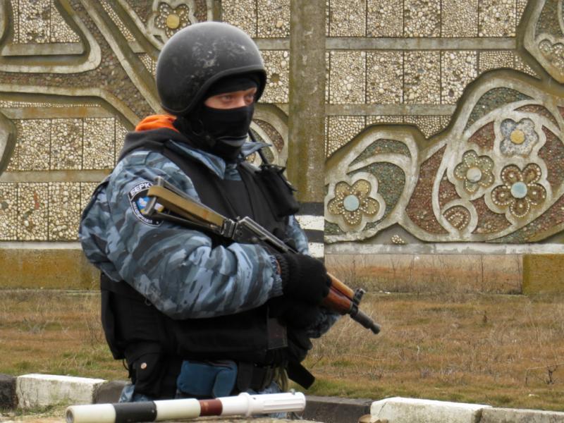 Militares da OSCE impedidos de entrar na Crimeia (Fotos: OSCE)