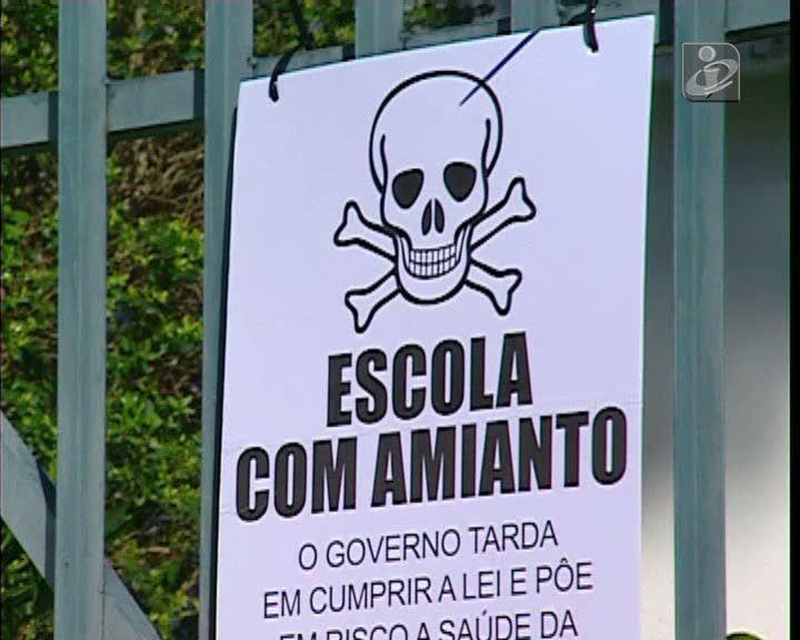 Fenprof intima Ministério da Educação contra amianto nas escolas