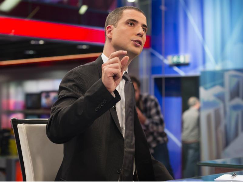 Ricardo Araújo Pereira na apresentação do programa «Melhor que Falecer» (Foto: TVI)