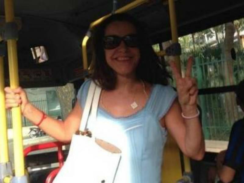Lucélia Santos provoca seguidores: «E viva o transporte público!» (Reprodução Instagram)