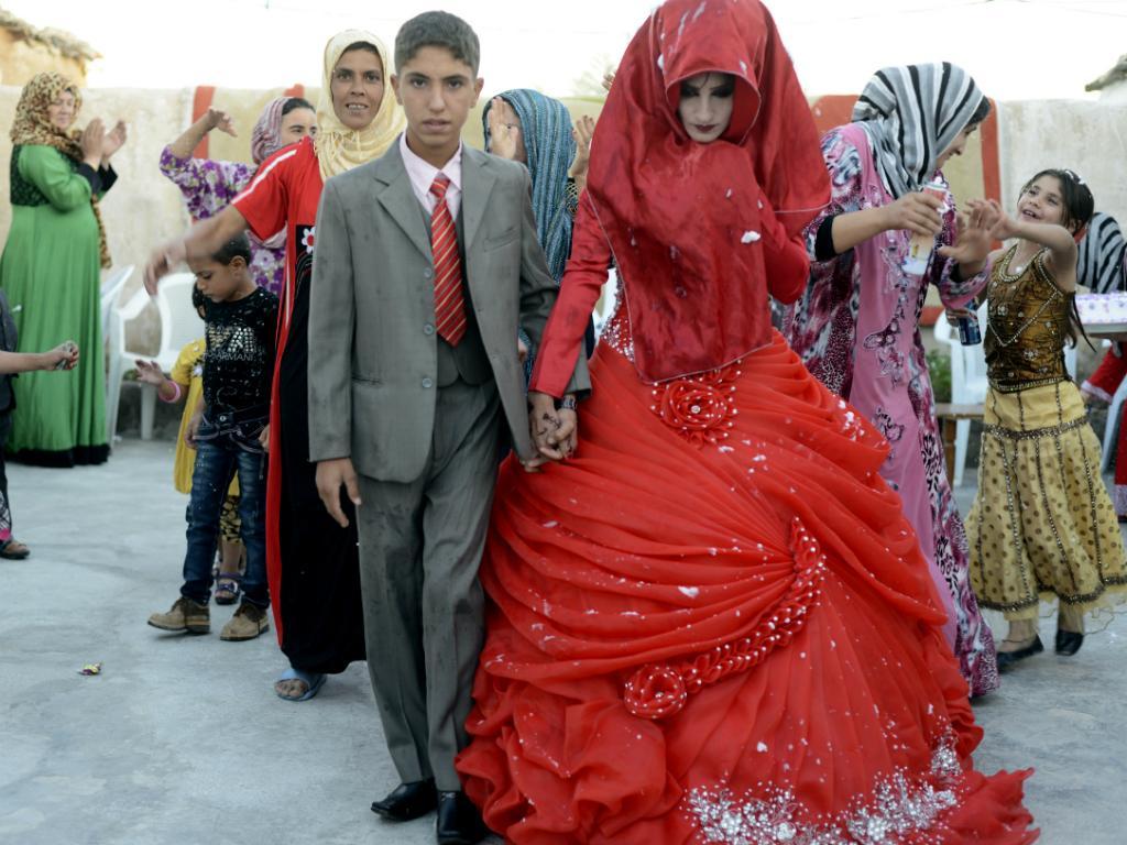 Casamento de menores de idade no Iraque (Reuters)