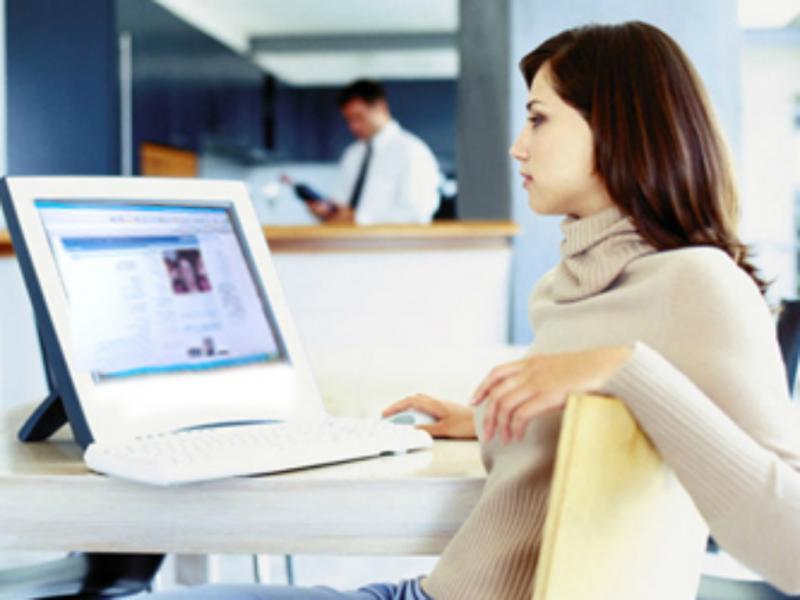 Produtividade no trabalho afetada pelas redes sociais