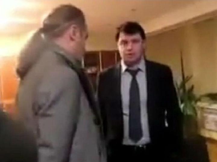 Ucrânia: nacionalistas atacam diretor da TV pública