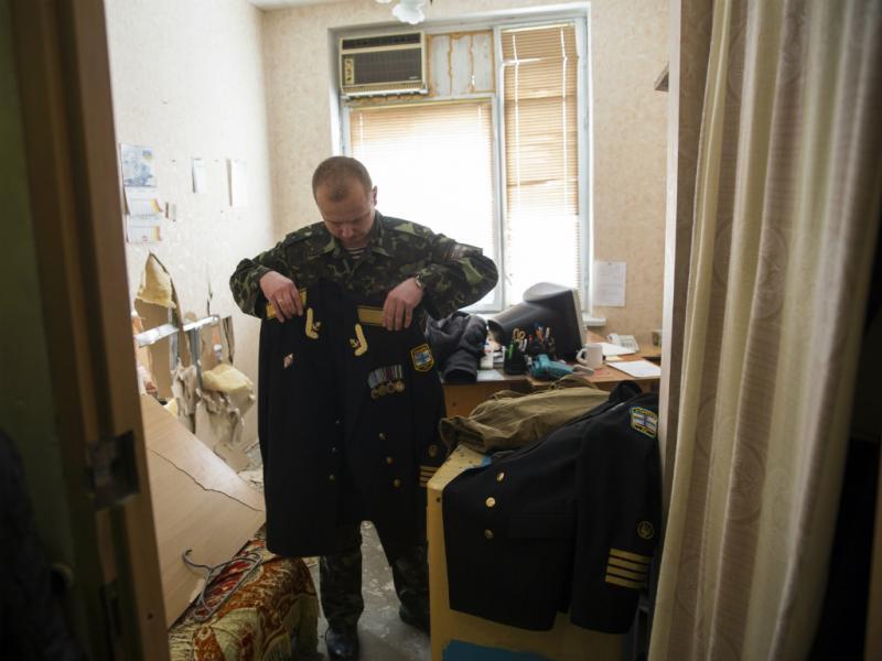 Forças pró-russas tomam base naval ucraniana