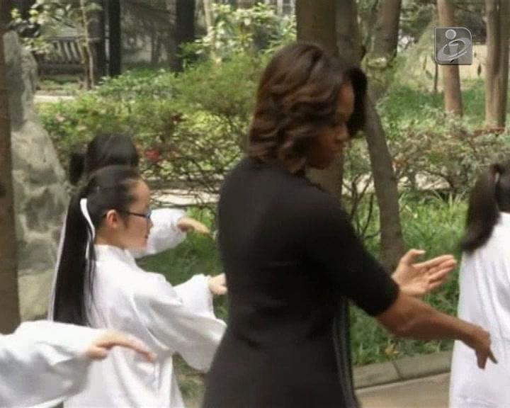 Michelle Obama lamenta desfecho do voo MH-370