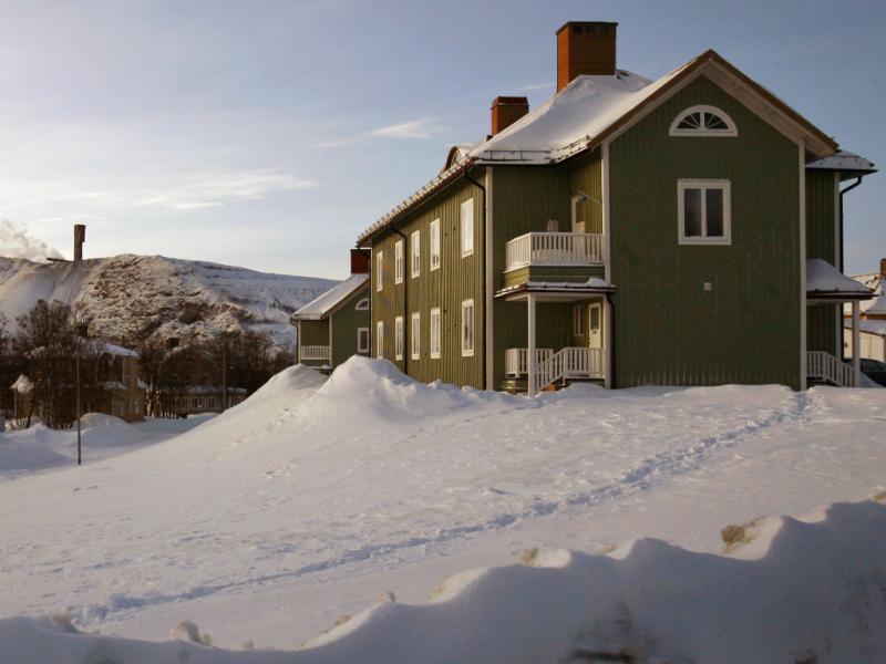 Suécia desloca cidade inteira por causa de mina (Reuters)
