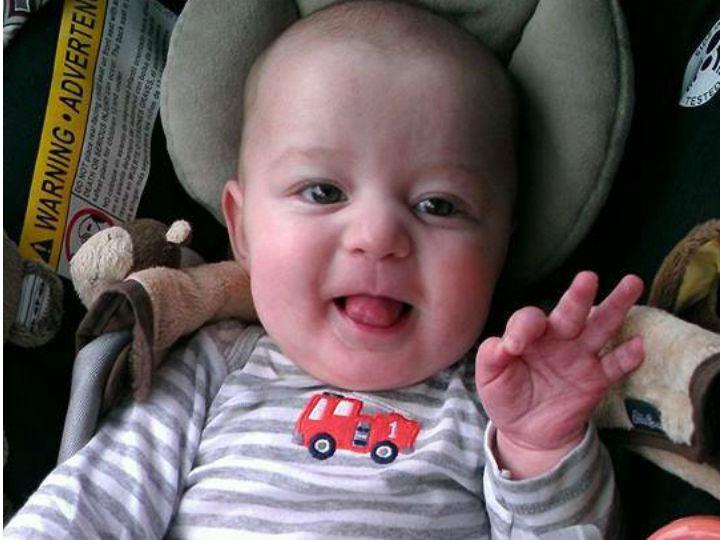 Bebé salvo dos escombros do desabamento nos EUA