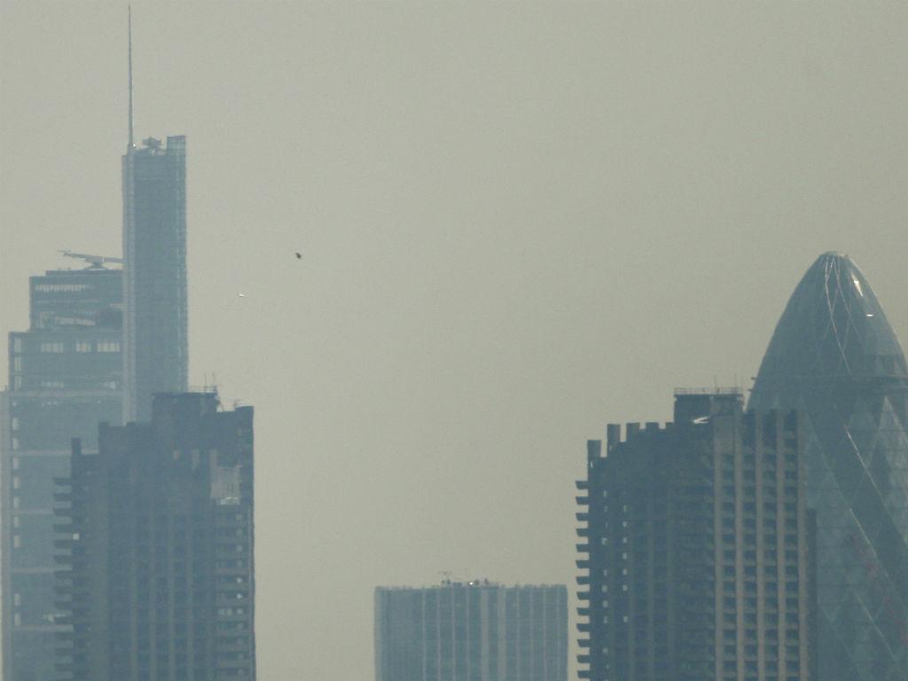 Nuvem de poluição em Londres (REUTERS)
