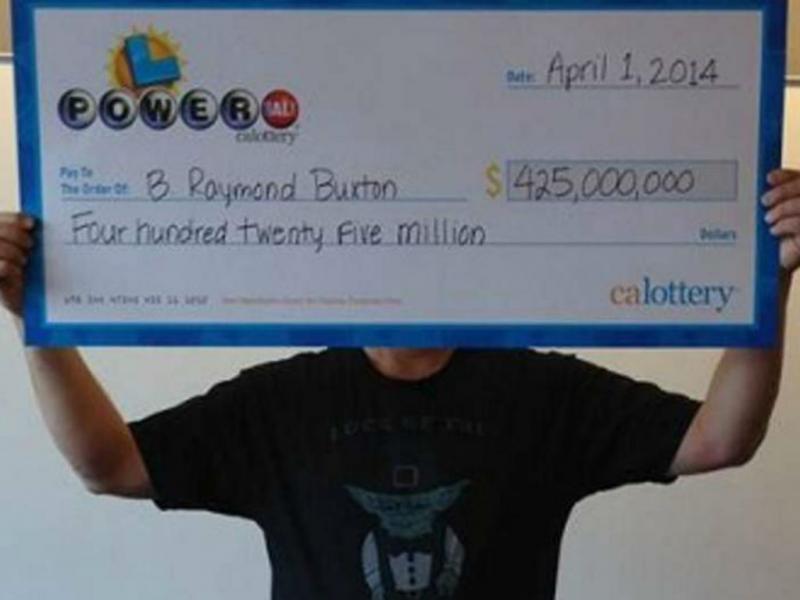 Vencedor de mega lotaria nos EUA (Reprodução)