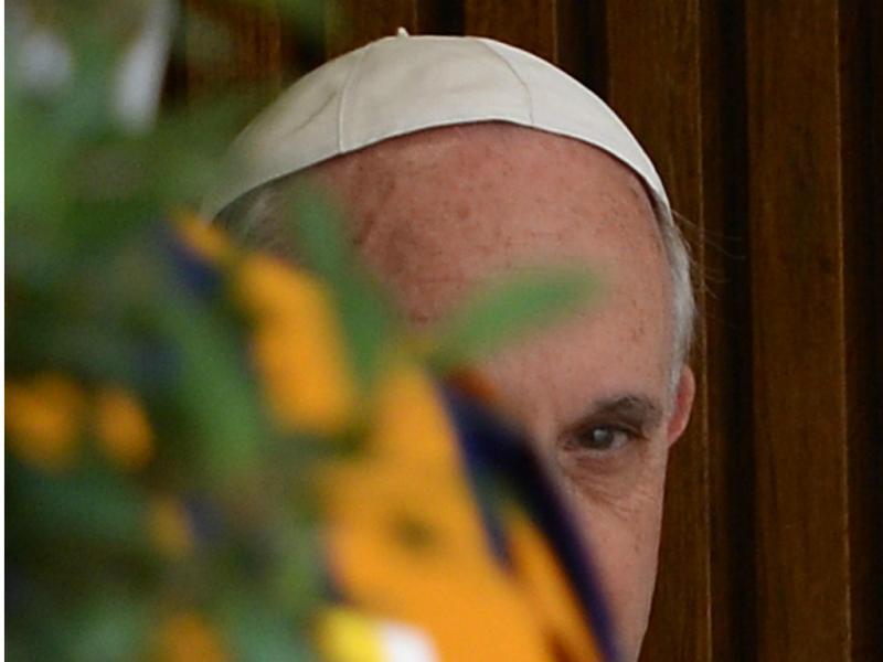 Papa Francisco recebe Isabel II no Vaticano [EPA/STEFANO RELLANDINI]