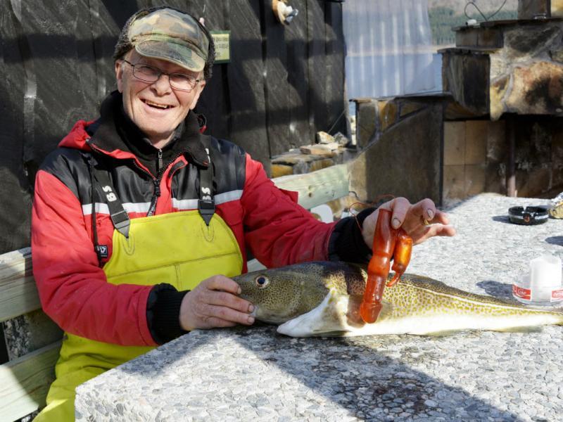 Pescador pesca bacalhau com vibrador (Lusa)