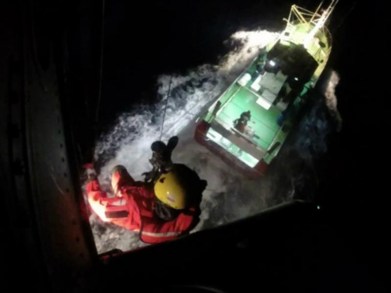 Homem resgatado em embarcação ao largo de S. Miguel [DR]
