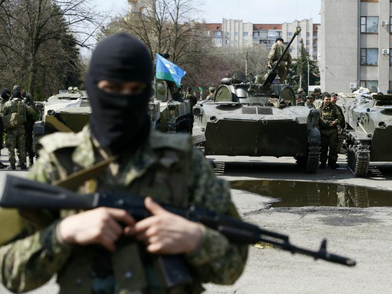 Separatistas não abandonam postos no leste da Ucrânia (Reuters)