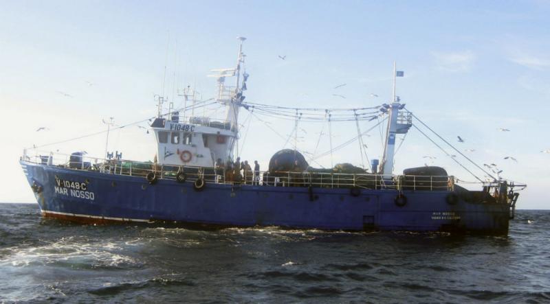 Naufrágio de pesqueiro com portugueses nas Astúrias (EPA/Lusa)