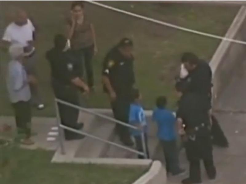 Ladrão não resistiu a «intensidade» das crianças (Foto reprodução de YouTube)