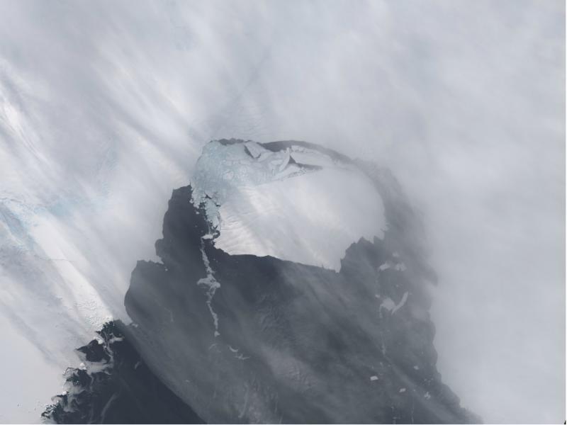 Iceberg é seis vezes maior que a cidade de Manhattan (Reuters)