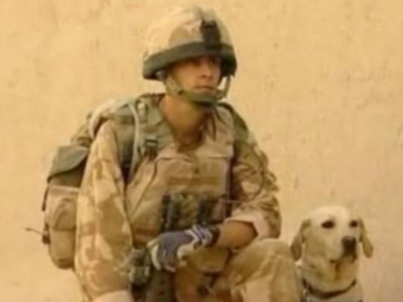 Lance Corporal Rowe e Sasha (Reprodução)