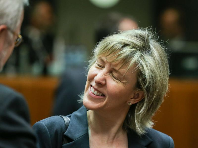 Maria Luís Albuquerque foi a Bruxelas anunciar a «saída limpa» (Lusa/EPA)
