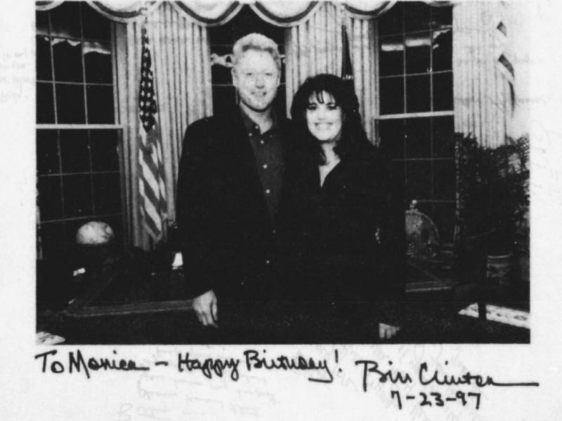 Monica Lewinsky com Bill Clinton: foto e dedicatória do presidente