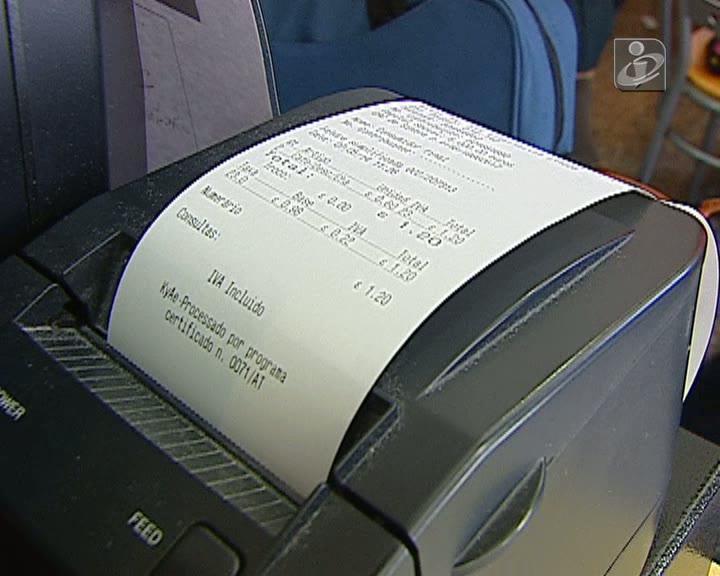 Fiscais disfarçados ajudam a apanhar faturas falsas