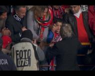 Jesus ofereceu cacechol a jovem adepto do Benfica