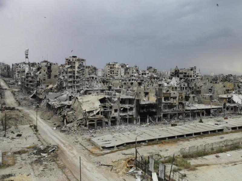 Destruição em Homs, Síria (REUTERS/Ghassan Najjar)