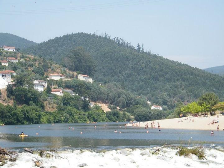Praia de Torres de Mondego (foto Junta de Freguesia de Torres do Mondego)