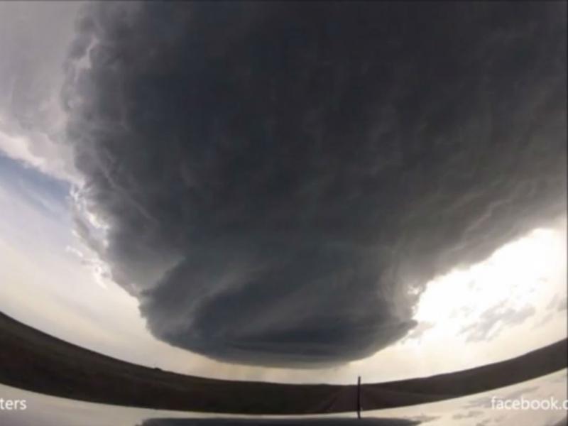 Já viu como nasce um tornado?