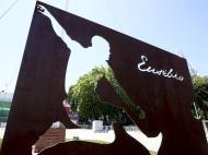 Homenagem a Eusébio e Coluna (Lusa)