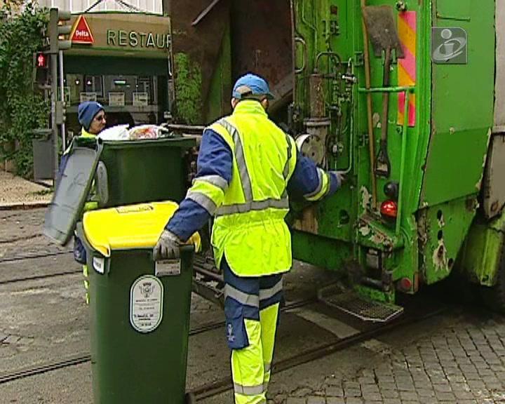 Lisboa: greve do lixo desconvocada (em parte)