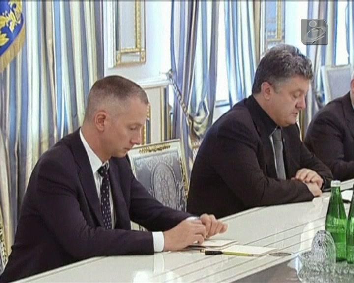 Kiev promete resposta ao abate de avião militar