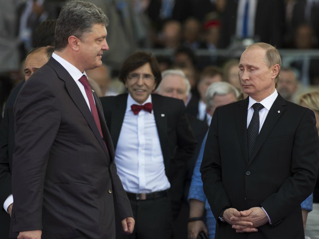 Vladimir Putin e Petro Poroshenko (Reuters)
