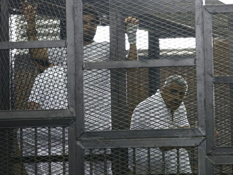 Egito condena a 7 e 10 anos de prisão 3 jornalistas da Al Jazeera