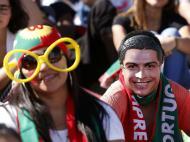 Adeptos assistem ao Portugal-Gana (Reuters)