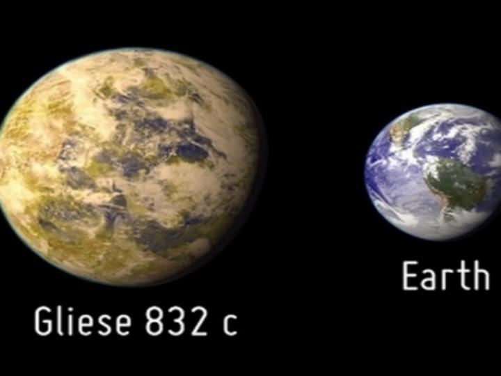O planeta Gliese 832c é considerado uma super-Terra por ter uma massa cinco vezes superior à do nosso planeta