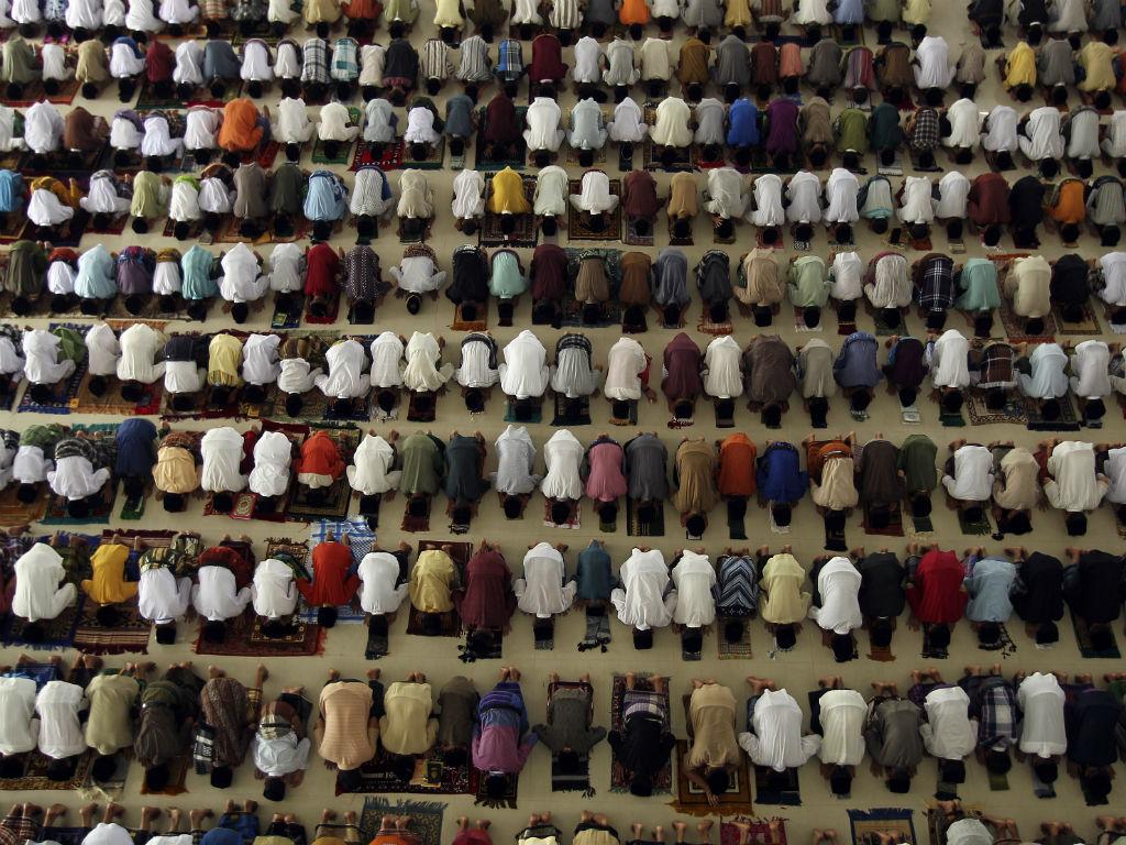 Início do Ramadão numa escola muçulmana (REUTERS)