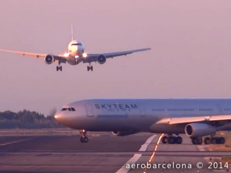 Aviões quase colidem em Barcelona (YOUTUBE)