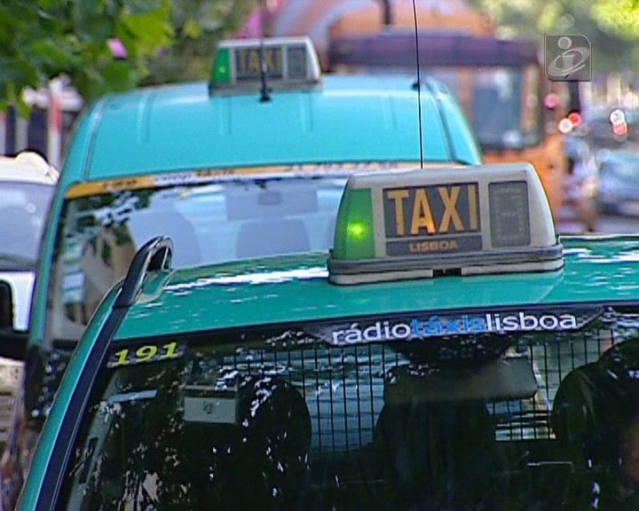UberBlack permite alugar um motorista privado através do telemóvel