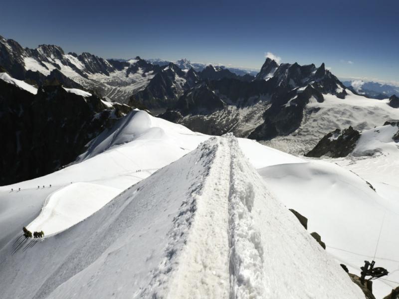 Mont-Blanc em Chamonix, Alpes (REUTERS/Denis Balibouse)