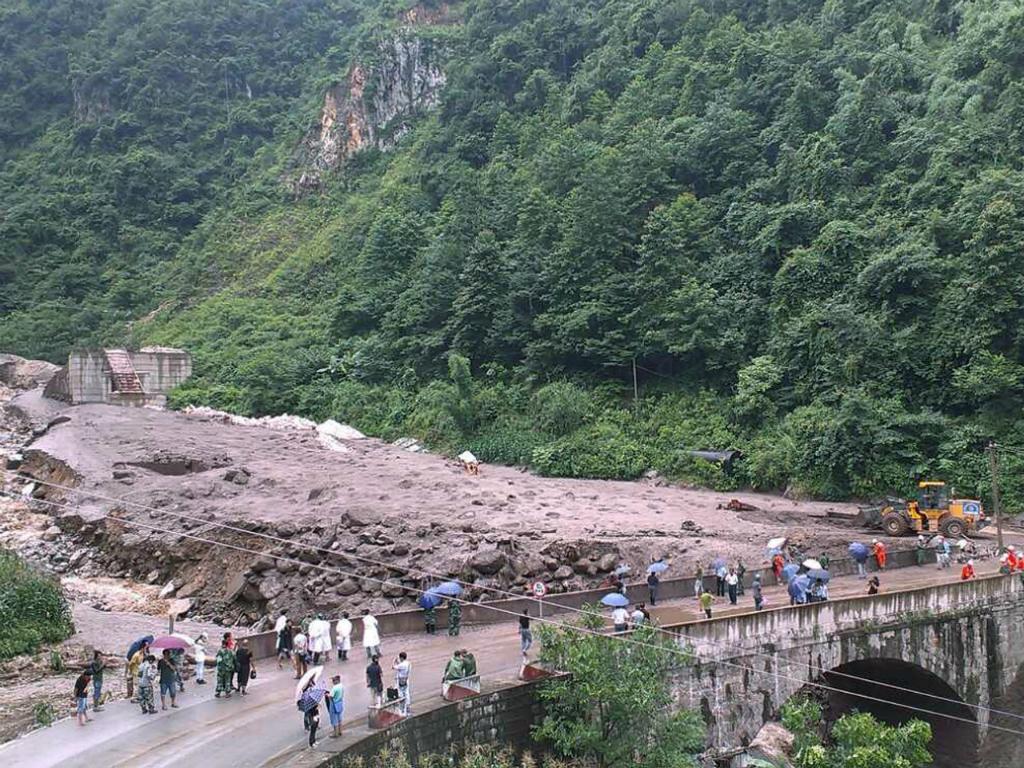 Deslizamento de terras em Fugong, China (Reuters)